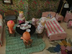 Antique dollhouse 6 of 10 | Flickr - Photo Sharing!