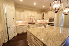 Hasentree Build - traditional - Kitchen - Raleigh - Cambridge Classic Homes