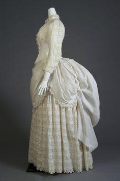 ~White eyelet lace beach dress, 1880s. Courtesy of Kent State University~