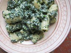 cavolo nero + ricotta + pecorino {pasta} www.ElizabethMinchilliInRome.com