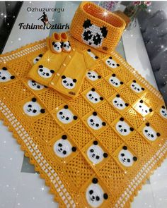 How to knit pixel blankets? - Page 4 of 30 - crochetsample. Baby Afghan Crochet, Baby Girl Crochet, Baby Afghans, Crochet Blanket Patterns, Baby Knitting Patterns, Knitted Afghans, Crochet Stars, Crochet Lace, Free Crochet