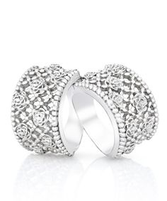 The perfect gift - Silver lattice dress rings with rose detail