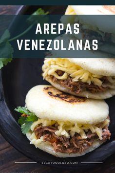 ¿No sabes como hacer arepas? Kitchen Recipes, Cooking Recipes, Healthy Recipes, Venezuelan Food, Venezuelan Recipes, Boricua Recipes, Colombian Food, Colombian Arepas, Mexican Food Recipes