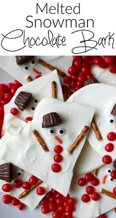 Melted snowman chocolate bark - a super easy holiday dessert. A great option for Christmas cookie swap parties! Melted snowman chocolate bark - a super easy holiday dessert. A great option for Christmas cookie swap parties! Christmas Treats To Make, Christmas Bark, Christmas Snacks, Christmas Cooking, Holiday Treats, Christmas Parties, Christmas Snowman, Holiday Gifts, Christmas Dessert For Kids
