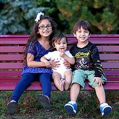 Does Birth Order Affect Your Child& Personality? Birth Order, Parenting Styles, Raising Kids, Siblings, Kids Learning, Personality, Friendship, Mom, Children