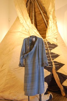 Lhamo Settler Robe Light Indigo  Hiroki's beautiful hide teepee