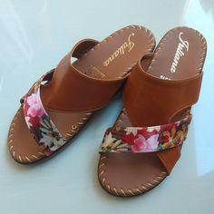 Promoción para Dama $35.000 pesos WhatsApp 📲 3174287058 - 3002488901 - 3134399483 - ENVIOS NACIONALES ✈ BUCARAMANGA CRA 24 # 15-26 SAN… Shoes Heels Wedges, Sandals, Modelista, All About Shoes, Rachel Zoe, Slippers, Footwear, Slip On, Outfit