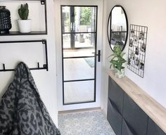 Ikea Shoe Cabinet, Hacks Ikea, Hall Furniture, Hallway Designs, Ikea Home, Home Decor Hacks, Hall Design, House Entrance, Minimalist Living