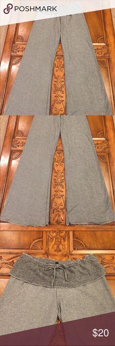 Elan Ruffled lounge pants Incredible buttery soft pants. Ruffle detail around the waist with a drawstring. elan Pants