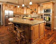 Kitchen Colors with Hickory Cabinets . Lovely Kitchen Colors with Hickory Cabinets . 12 Inspirational Kitchen Wall Paint Colors with Hickory Cabinets Hickory Kitchen Cabinets, Custom Kitchen Cabinets, Kitchen Paint, Kitchen Redo, Kitchen Countertops, New Kitchen, Custom Cabinetry, Oak Cabinets, Kitchen Ideas