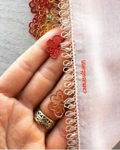 Hand Tattoos, Beste Tattoo, Needle Lace, Tiffany Jewelry, Wedding Jewelry, Class Ring, Jewelry Collection, Needlework, Diy And Crafts