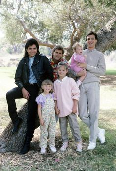 'Our Very First Show' - Pilot - Season One - Gallery - 9/22/87, Bob Saget (right) played widower Danny Tanner, the father of three girls, Stephanie (Jodie Sweetin, left), D.J. (Candace Cameron) and Michelle (played by twins Mary Kate/Ashley Olsen), who had the girls' Uncle Jesse (John Stamos, left) and friend Joey Gladstone (Dave Coulier) move in to help raise them.