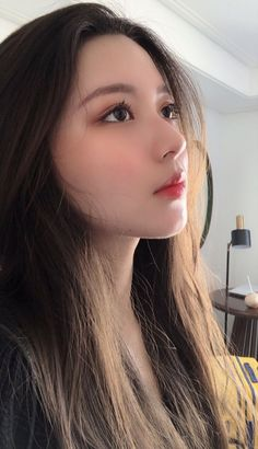 Korean Girl Photo, Cute Korean Girl, Cute Girl Photo, Beautiful Face Images, Beautiful Eyes, Uzzlang Girl, Girl Face, Pretty Asian Girl, Ulzzang Korean Girl