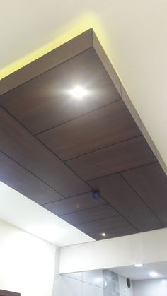 Ceiling Tiles Painted, Wooden Ceiling Design, Interior Ceiling Design, Pop False Ceiling Design, Wooden Ceilings, Fall Ceiling Designs Bedroom, Ceiling Design Living Room, Bedroom False Ceiling Design, Home Ceiling