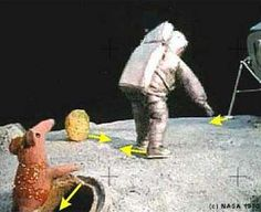 Conclusive evidence that the moon landings were faked http://stuffucanuse.com/fake_moon_landings/moon_landings.htm