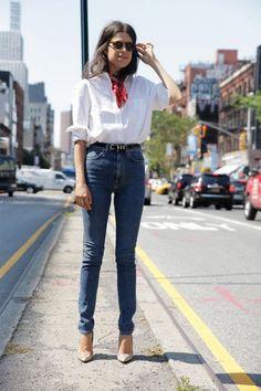 man-repeller-camicia-bianca-jeans-bandana-rossa
