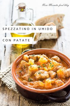 Stew with stewed potatoes, tasty and very tender-Spezzatino con patate in umido, saporito e tenerissimo Stew with stewed potatoes - Meat Recipes, Cooking Recipes, Healthy Recipes, Cooking Pasta, Hungarian Recipes, Italian Recipes, Stewed Potatoes, Cooking Turkey, How To Cook Pasta