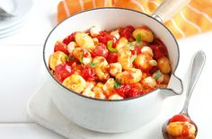 A simple Spicy tomato gnocchi recipe for you to cook a great meal for family or…