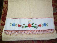 toalla de mano bordada con cinta