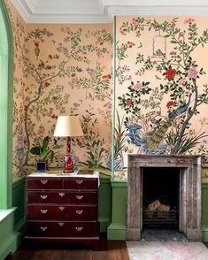 All Posts • Instagram Brown Wallpaper, Home Wallpaper, Wallpaper Ideas, Fabric Wallpaper, Next Living Room, Houghton Hall, Houghton House, Sophie Dahl, Fireplace Drawing