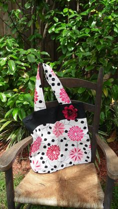 Check out this item in my Etsy shop https://www.etsy.com/listing/198746276/beautiful-pink-and-black-tote