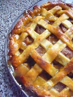 Exquisito Kuchen de manzana 2, ideal para cualquier festejo o para acompañar un té o café.