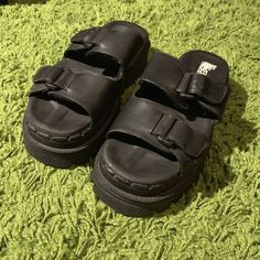494b0578604 Almost brand new vintage sketchers chunky platform sandals. - Depop  Birkenstock Arizona