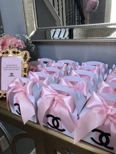 Everything Pretty 's Birthday / Paris Chanel - Photo Gallery at Catch My Party Hotel Birthday Parties, 15th Birthday Party Ideas, Chanel Birthday Party, Chanel Party, Birthday Goals, Pink Birthday, 21 Birthday Themes, 14th Birthday Cakes, Teenage Girl Birthday