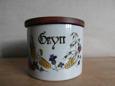 Knabstrup Denmark  CEREALS / GRYN wall-mountable jar w/ teak lid