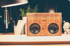 The Wooden Boombox: Actually a Bluetooth speaker. Awesome!