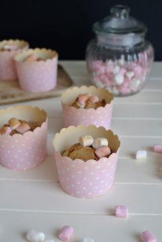 Earl Grey muffiny s jahodami a marshmallows