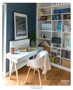 Modern Boho Home Office Decorating Ideas Modern Home Office, Office Decor, Decor, Homedecor Living Room, Shop Interiors, Home, Home Office Colors, Modern House, Home Decor