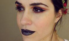 Maquiagem artística com côncavo marcado e batom metalizado #maquiagem #makeup #artisticmakeup #makeartística #batommetalizado #batommetálico