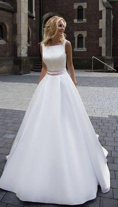 Courtesy of Oksana Mukha wedding dress; www.oksana-mukha.com; Wedding dress idea. #weddingdress