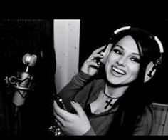 Snow Tha Product LOVE HER DIMPLES