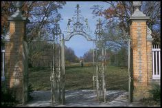 Colonial Williamsburg - Governor's Palace reargate