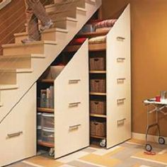 If I had stairs this would be a great idea!