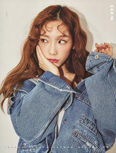 Girls' Generation-Oh! Taeyeon Jessica, Kim Hyoyeon, Sooyoung, Yoona Snsd, Kpop Girl Groups, Kpop Girls, Taeyeon Fashion, Kpop Fashion, Girls' Generation Taeyeon