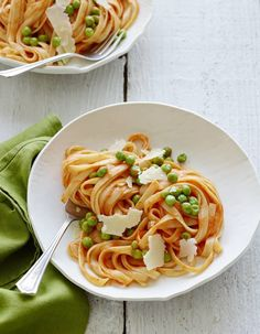 Roasted Red Pepper Pasta  with Peas and Parmesan