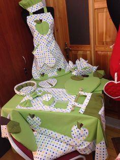 Mutfak takımı Apron Pattern Free, Cuisines Diy, Breakfast Set, Hand Towels, Decoration, Bed Sheets, Pot Holders, Sewing Projects, Handmade