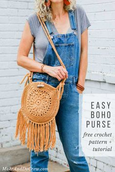 Make this easy crochet boho bag from two circles. Follow the free pattern or video tutorial to add some hippie charm to your bohemian wardrobe. #free #crochet #pattern #purse #bag #boho #hippie #fringe #circle #lionbrandyarn #easy #beginner #tutorial