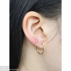 Conventional red heart on the ear. Conventional red heart on the ear. Conventional red heart on the ear. Mini Tattoos, Small Face Tattoos, Face Tattoos For Women, Red Heart Tattoos, Red Ink Tattoos, Cute Tiny Tattoos, Body Art Tattoos, Small Girl Tattoos, Tatoos