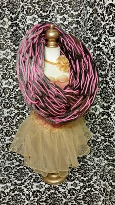 Male multi/hot pink bulky infinity scarf