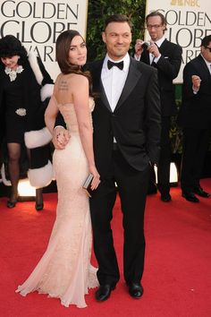 Megan Fox and husband Brian Austin Green pose on the red carpet at the Golden Globes held at the Beverly Hilton Hotel in Los Angeles on Sunday Golden Globes 2013, Golden Globe Award, Jessica Chastain, Blake Lively, Zuhair Murad, Elie Saab, Estilo Megan Fox, Celebrity Couples, Celebrity Style