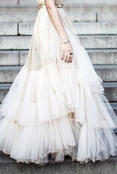 Romantic wedding dress | whimsical wedding inspiration