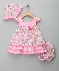 With candied colors, creamy cotton fabric and embroidered embellishments, this sweet little set will have any bitty babe looking and feeling as fresh as a flower. Toddler Fashion, Fashion Kids, Baby Dress Patterns, Kids Frocks, Special Dresses, Toddler Dress, Infant Toddler, Little Girl Dresses, Baby Sewing