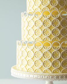 Wedding Ideas: yellow-white-circle-wedding-cake