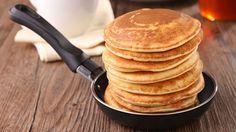 Απλά υλικά, εύκολη προετοιμασία και εκτέλεση, ξεχωριστή γεύση και πολλαπλοί συνδυασμοί. Τα pancakes είναι από τα πλέον δημοφιλή και αγαπημένα φαγητά μικρών και μεγάλων, όπως κι αν τα προτιμάτε, με γλυκιά ή αλμυρή επικάλυψη.
