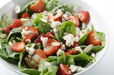 12 tipp, hogy ezúttal tényleg sikeres legyen a fogyásod | Nosalty Spinach Strawberry Salad, Spinach And Feta, Fruit Salad, Arugula Salad, Spinach Salad, Summer Squash Salad, Kid Favorite Recipe, Favorite Recipes, Salade Caprese