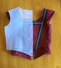 by Philippa Montague.  Kids' bodice/doublet drafting tutorial